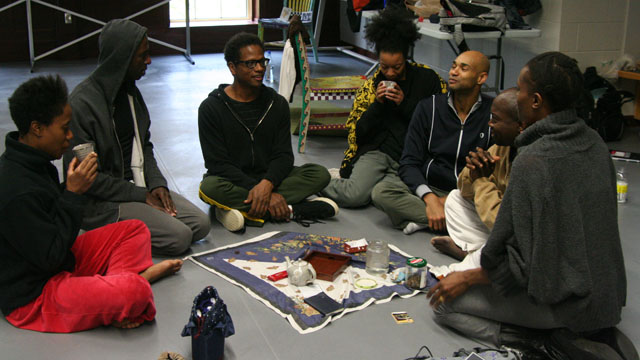 Ralph Lemon in dialogue with his collaborators in Studio 404