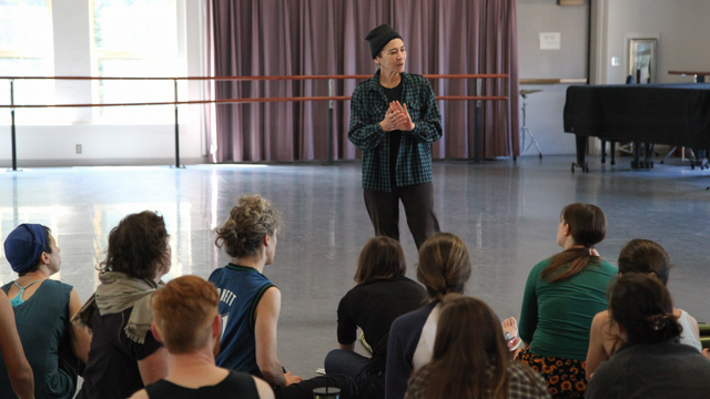 Lisa Nelson talks with FSU School of Dance students about approaches to viewing movement