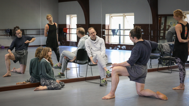 John Jasperse discusses rehearsal of <i> Remains </i> with Maggie Cloud, Heather Lang, and Stuart Singer