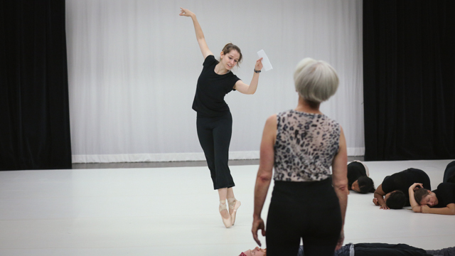 Carlson directs School of Dance student in <i>Elizabeth, the dance</i>