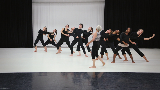 Carlson explores <i>Elizabeth, the dance</i> material with School of Dance students