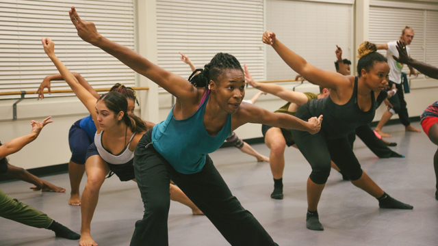 Forté-Saunders teaches class at FAMU