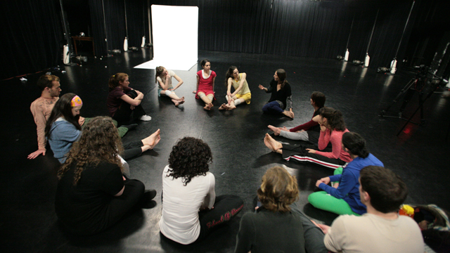 Shemy and her performers talk with FSU Dance students and Professor Atkins about <i>Hungry Kite</i>.