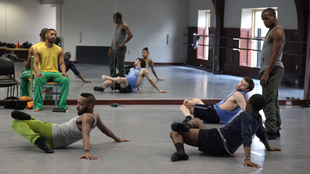 Kyle Abraham and his performers research movement